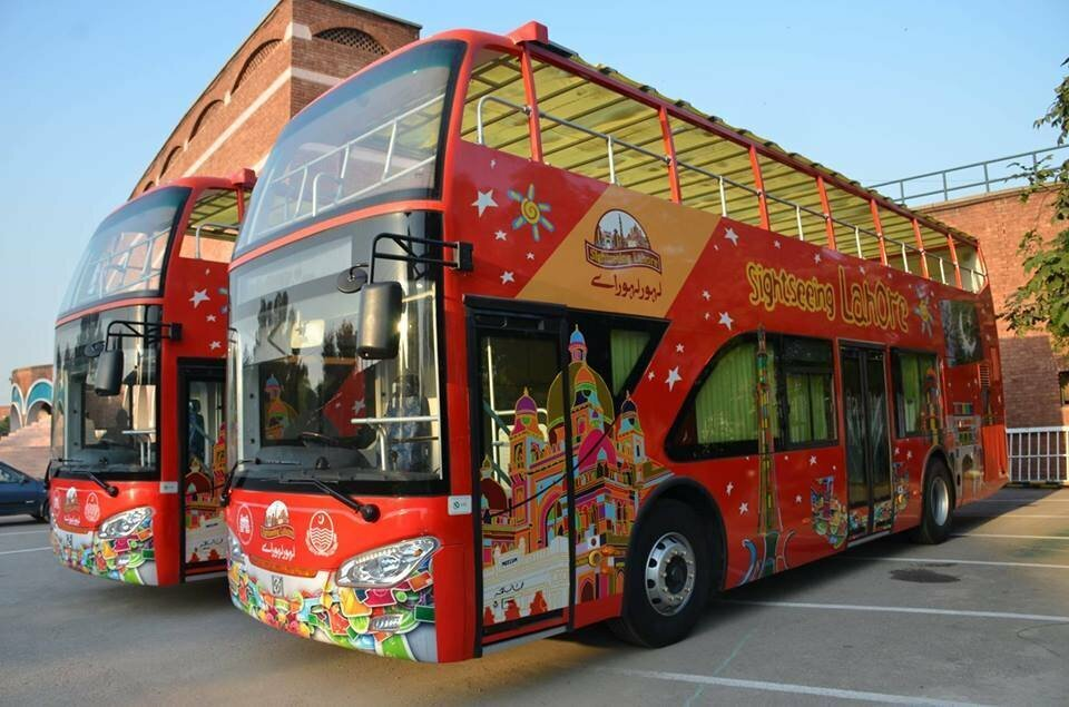 Lahore-Sightseing-Bus-2