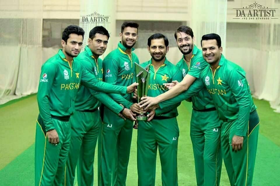 Indian cricket team members got their hands on the new jersey for the upcoming World Twenty20 - See more at: http://indianexpress.com/photos/sports-gallery/india-feel-fresh-in-love-with-new-jersey-for-icc-world-t20/#sthash.hsg0oifT.dpuf
