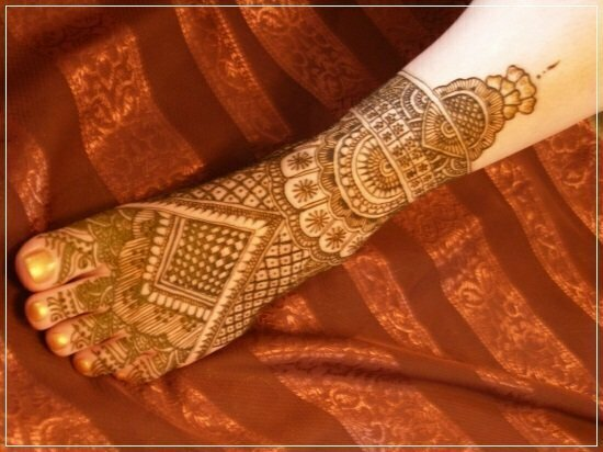 Mehandi Designs for feet and legs (1)