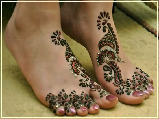 Mehandi Designs for feet and legs (15)