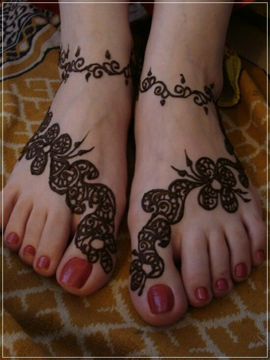 Mehandi Designs for feet and legs (9)