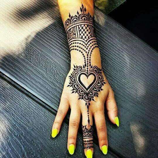 Stylish-Trendy-Arabic-Mehandi-Designs-Collection-for-Hands-Feet-2015-2016-14
