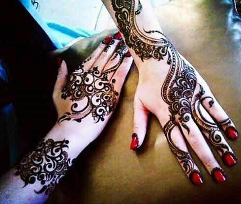 amazing-mehndi-designs-gallery-for-Eid-2015