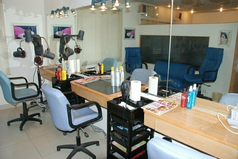 Karachi gymkhana club membership and contact number for Address beauty salon