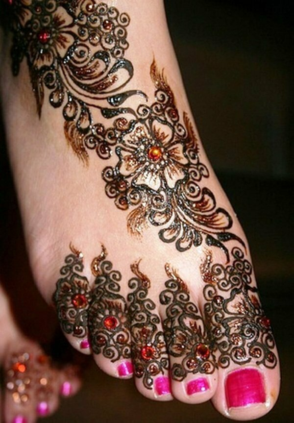 mehndi-design-for-feet-13
