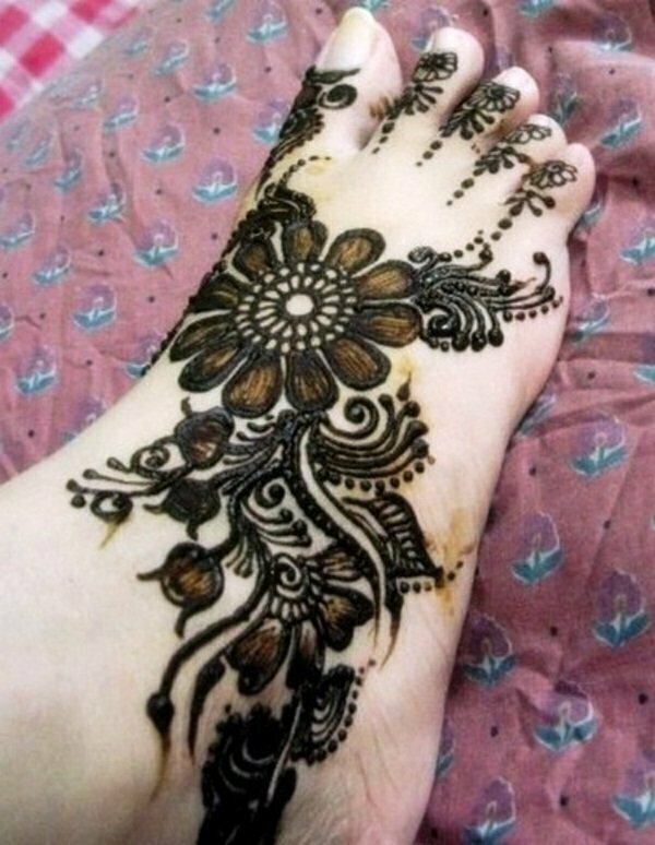 mehndi-design-for-feet-14