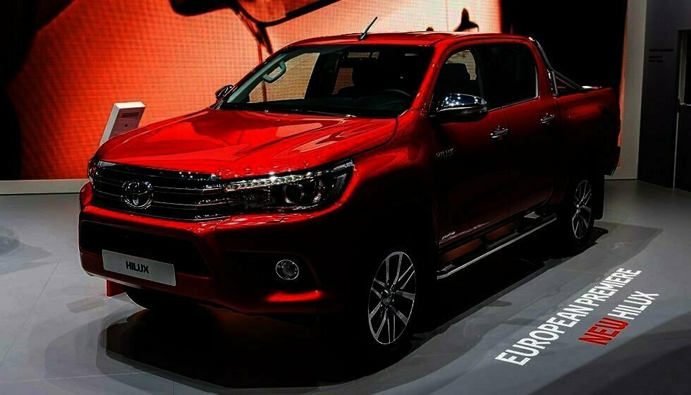 toyota hilux workmate 4x2 double cabin price in pakistan toyota hilux revo 2018 launched in pakistan price specs
